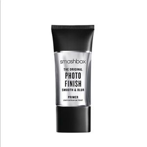 Smashbox Photo Finish Smooth & Blur Primer!